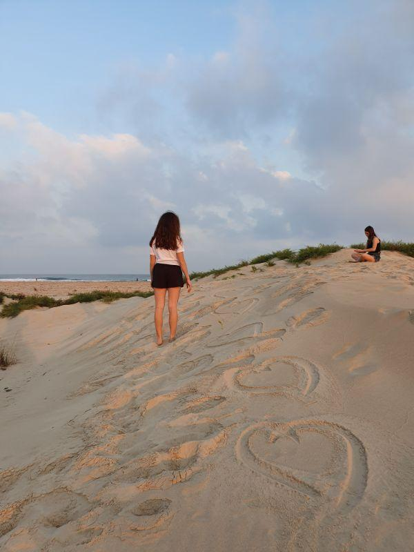 זריחה בחוף בדיוות של חוף בית ינאי