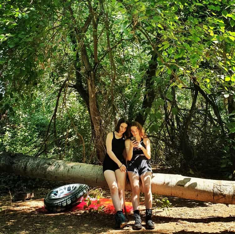 בניאס - טיול מים עם ילדים - אבובים - גליל עליון - חופשת קיץ בארץ