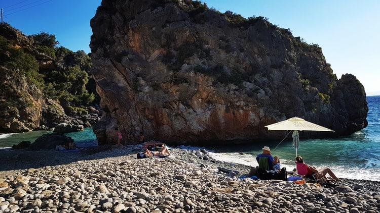 סטופה - יוון למטייל - מאני בפלופונס - כנרת מטיילת - יוון למשפחות