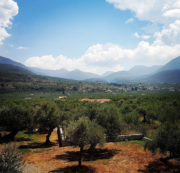 פלופונס - יוון למטייל - קלמטה - מאני - כנרת מטיילת - כנרת צור