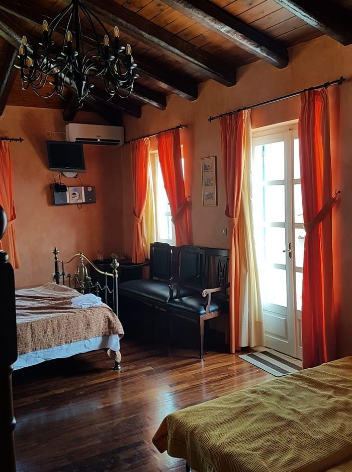נפפיליו - יוון למטייל- כנרת מטיילת - מלון
